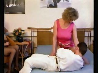 strassen इश्कबाज (1988)