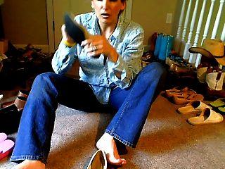 बदबूदार जूते उठाओ
