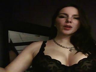 मुझे पता है कि मेरे स्तन अद्भुत हैं