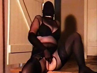 काले पैंटहोस encasement