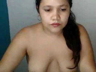 saggy स्तन और बड़े areolas के साथ मोटा एशियाई