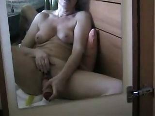 एक squirting संभोग करने के लिए खुद को toying