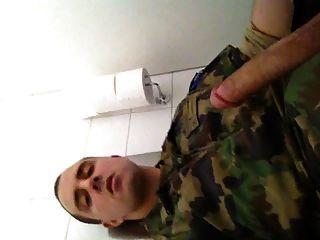 सेना में......