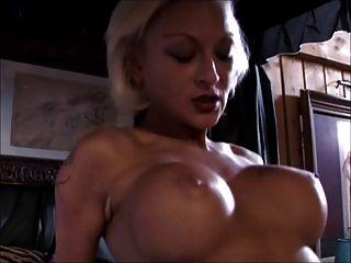 अग्नि सेक्सी महिला अपने आप सभी को देती है