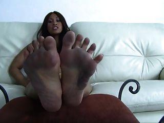 सेक्सी गंदे पैर