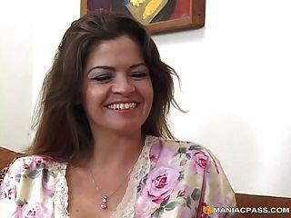 milf सेक्स देवी जून गर्मी