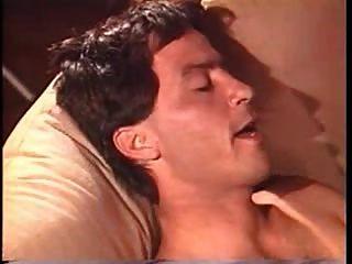 जेफ स्ट्रीकर नायल के साथ समूह सेक्स
