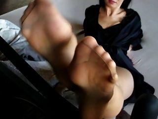 सेक्सी फ्रेंच नायलॉनफ़ेट 8