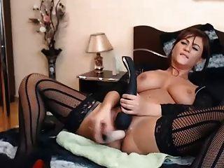 कैम लड़की उसके खिलौनों के साथ मुश्किल cums