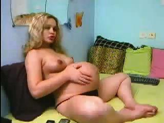 वेब कैमरा में गोरा preggo लड़की