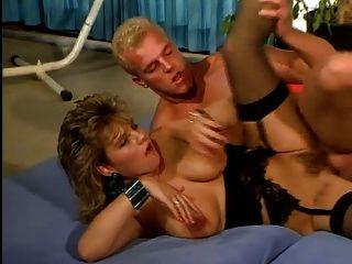एक निजी क्लब में सिल्विया डैनी और पेट्रा बेर्गेर 3 सोंम