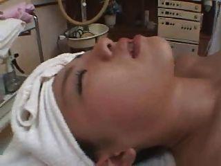 जापानी मसाज़ वीडियो 1 (भाग 3)