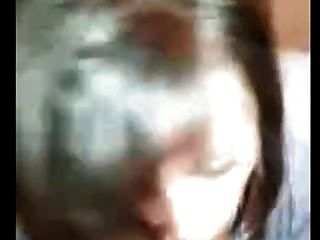 मेरी पत्नी एक चेहरे लेता है