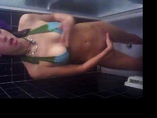 स्नान में आत्महत्या हस्तमैथुन