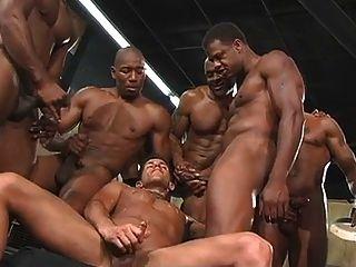 काले पुरुषों के साथ bukkake
