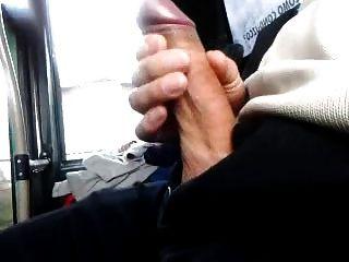 बस में फ्लैश डिक