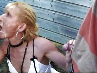 फ्रांसीसी वेश्या के साथ सह का एक बहुत लेता है