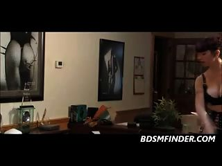 चंकी समलैंगिक गधा कार्यालय में spanked