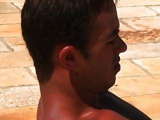 गर्म सेक्सी लोग पूल में कमबख्त