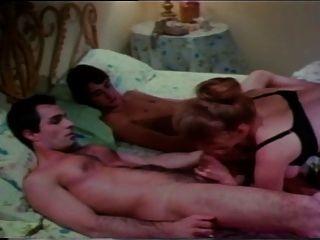 स्वीडिश इरोटिका 10 (त्रिगुट सेक्स दृश्य)