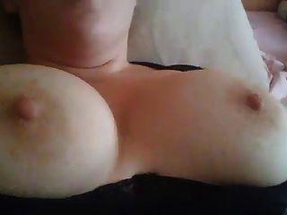 मेरे पत्नी बड़ा कमबख्त स्तन, उन पर सह plz