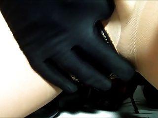 रबर गुड़िया हस्तमैथुन