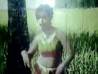 बांग्लादेशी गर्म नग्न फिल्म गीत 42