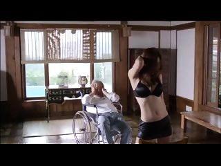कोरियाई सेक्सी नृत्य