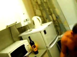 रसोई में डबल blowjob