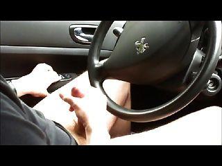 कार में स्ट्रोक और सह