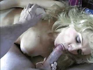 सेक्स खिलौना और गोरा milf के लिए बड़ा डिक