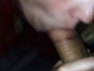 एक मोटा डिक चूसने