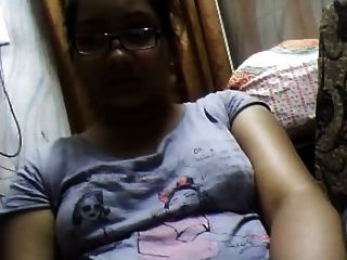 बांग्ला देसी ढाका लड़की sumia वेबकैम पर