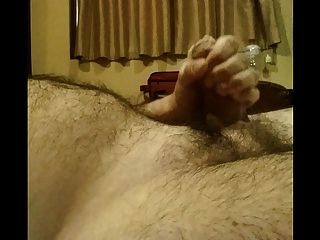 एक होटल के कमरे में होटल के हस्तमैथुन में कैमरे में सेगा