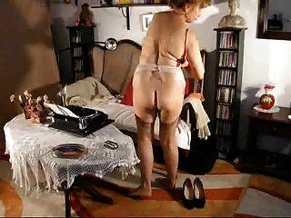 फ्रिज़ी लोलेट दादी 3 (सुकटाटे 2 द्वारा)