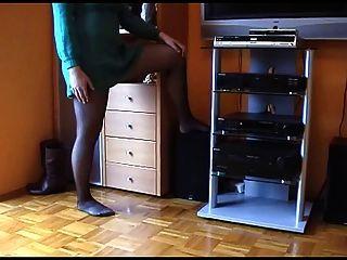 प्यारा श्यामला नीचे पहनने के कपड़ा में प्रस्तुत, पी 3