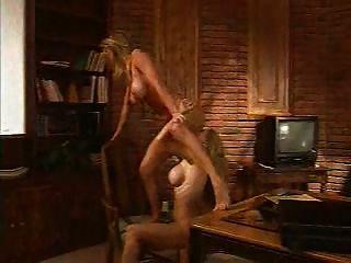 dmvideos गर्म समलैंगिक गोरे एक दूसरे को फंदा