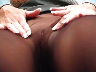 काले pantyhose चिढ़ा