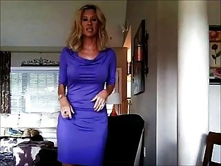 सेक्सी पोशाक