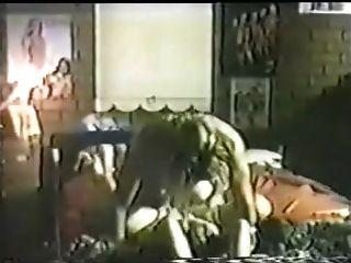 पानी बिस्तर पर यौन संबंध रखने वाली ए 1nyc अभिनेत्री