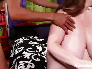 सेक्सी busty milf नीलम 38l fucks रामन दानव मुर्गा