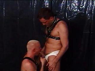 समलैंगिक वीडियो 8