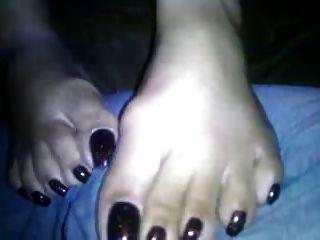 भव्य पैर की उंगलियों और toenails