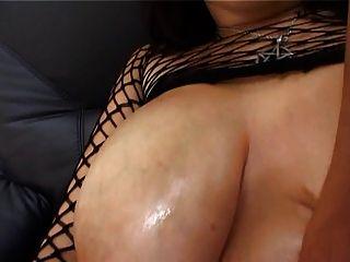 लीआ जादू बड़े स्तन गुदा