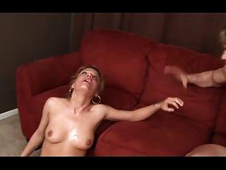 होली एक महान deepthroating वेश्या dtd है