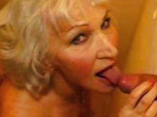 दूसरी grannies सिर्फ मजा वीडियो है चाहता हूँ