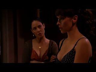 जेनिफर का प्यार हेविट्स स्तन में भूत whisperer
