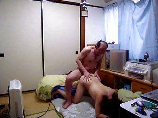 जापानी milf कुत्ते fack