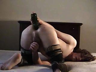 मुझे एक बोतल और कमिंग कमबख्त