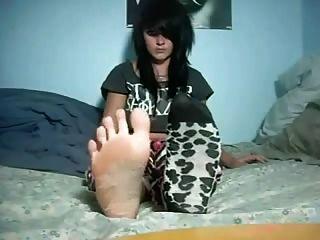 पैरों के पैर और हील्स मस्त लड़की